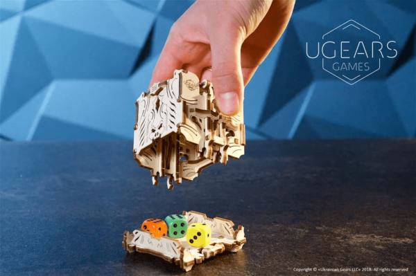 Tour à Dés Modulable Ugears – Puzzle 3D Mécanique en bois