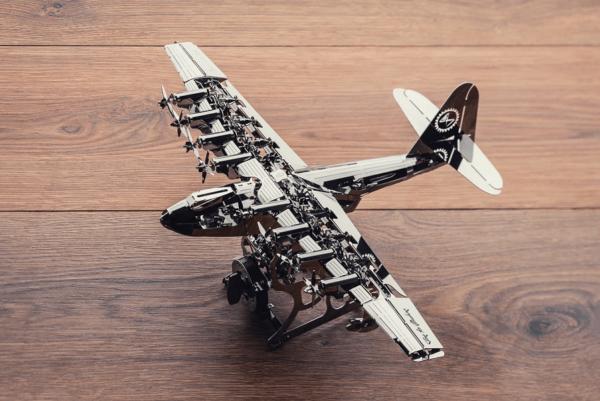 TIME FOR MACHINE - HEAVENLY HERCULES - Maquette métal 200+ pièces